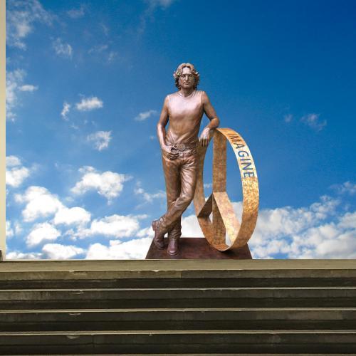 The Beatles Polska: Rzeźba Johna Lennona zagości na dwa miesiące w Liverpoolu